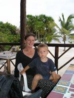 Justa y su hijo Bram